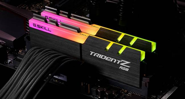 32GB DDR4 3600MHz Kit(2x16GB) TridentZ RGB